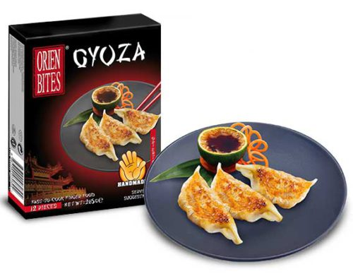 Steam: Place the frozen gyoza in a steamer. Steam for 6-7 minutes until core temperature is above 60°C.